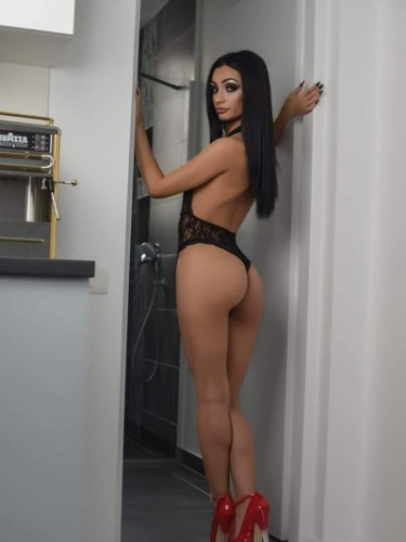Sex ad by kinky escort Bella (21) in London - Photo: 1