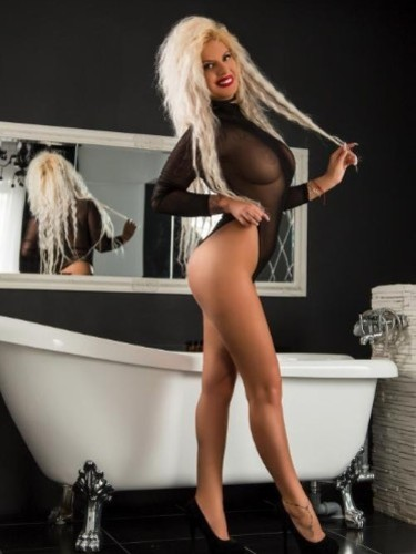 Sex ad by kinky escort Renata (25) in London - Photo: 7