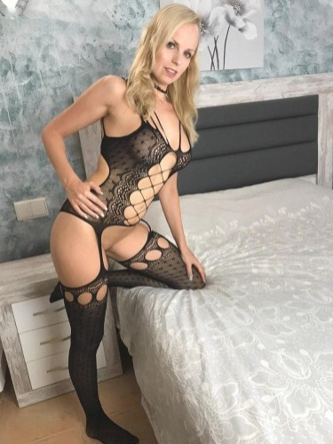 Sex ad by kinky escort Sophie Bell (30) in London - Photo: 3