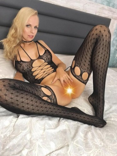 Sex ad by kinky escort Sophie Bell (30) in London - Photo: 6