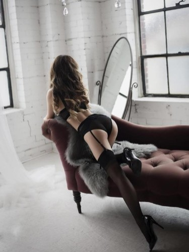 Sex ad by kinky escort Lana (22) in Cardiff - Photo: 3