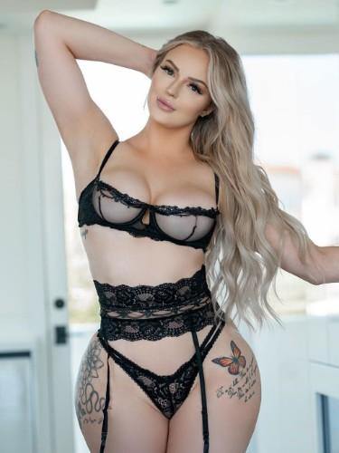 Sex ad by kinky escort Alexa (21) in Riyadh - Photo: 1