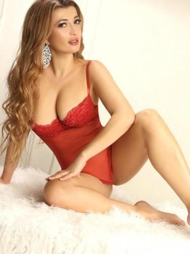 Sex ad by kinky escort Antonia (22) in Abu Dhabi - Photo: 4