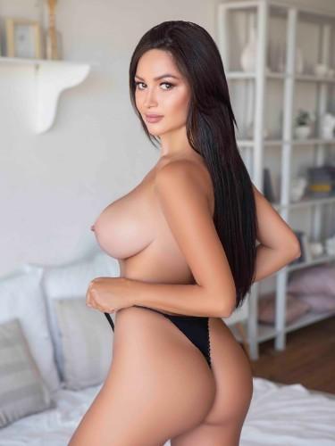 Kimberly (22) Teen Escort Babe in Rome - Photo: 4