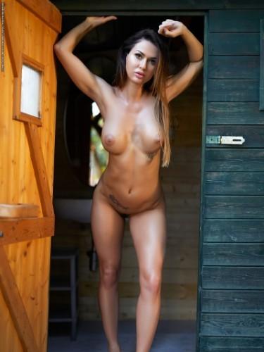 Evgenia (23) в Санкт-Петербург эскорт - Фото: 4