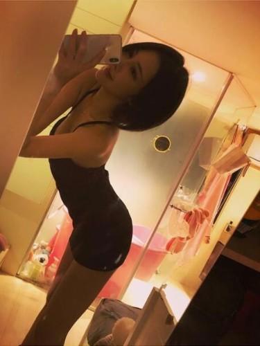 Sex ad by escort Alice (21) in Kuala Lumpur - Photo: 4