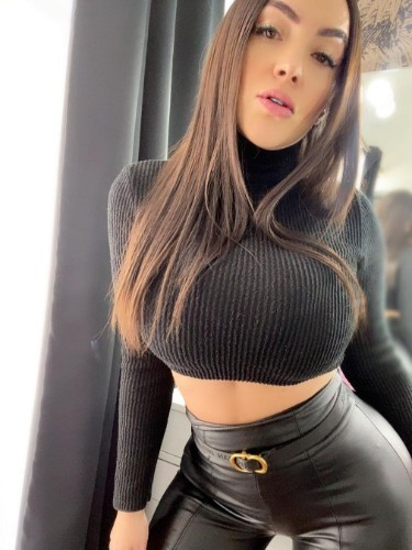 Sex ad by kinky escort Sonia (22) in Doha - Photo: 6