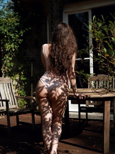 Sex ad by kinky escort Lilu Izar (31) in London - Photo: 5