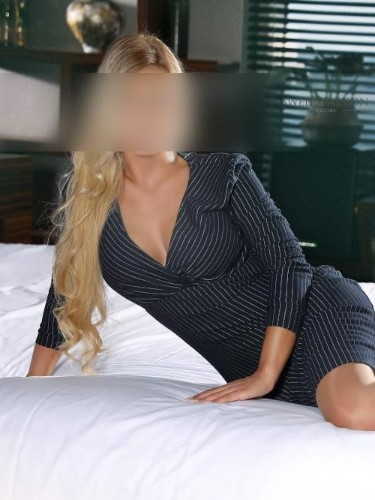 Sex ad by escort Alyssa (27) in Frankfurt - Foto: 4