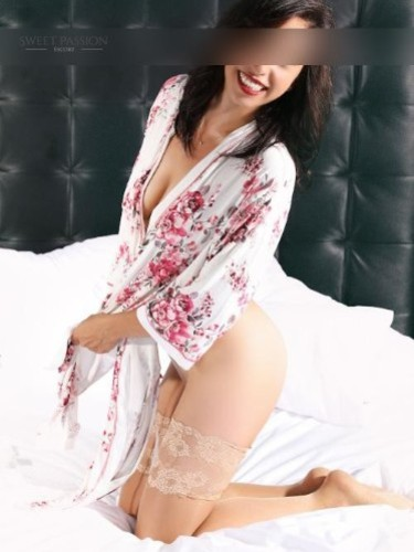 Sex ad by escort Ginevra (31) in Frankfurt - Foto: 4