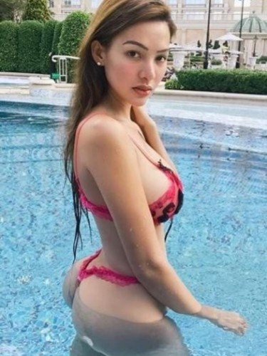 Sex ad by escort Carol (22) in Kuala Lumpur - Photo: 5