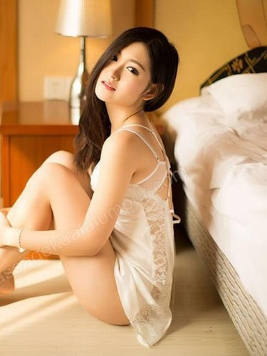 Sex ad by escort Anna (22) in Kuala Lumpur - Photo: 7