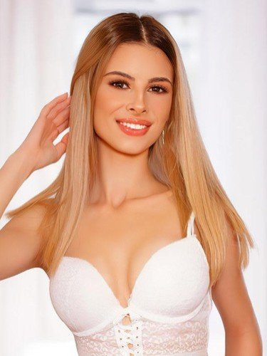 Sex ad by escort Arrianne (20) in London - Photo: 1