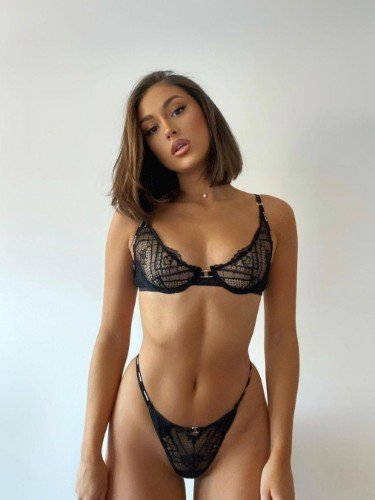 Sex ad by kinky escort Rebecca Shun (21) in Riyadh - Photo: 4