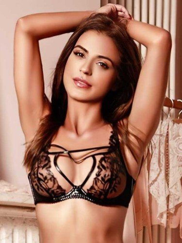 Sex ad by escort Chelle (27) in London - Photo: 1