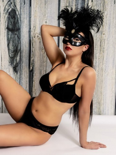 Sex ad by escort Marina (24) in Frankfurt - Foto: 5