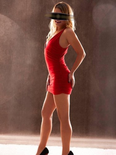 Sex ad by escort Luna (26) in Frankfurt - Foto: 4