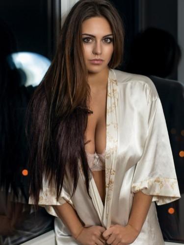 Sex ad by escort Vasilisa (21) in Dubai - Photo: 6