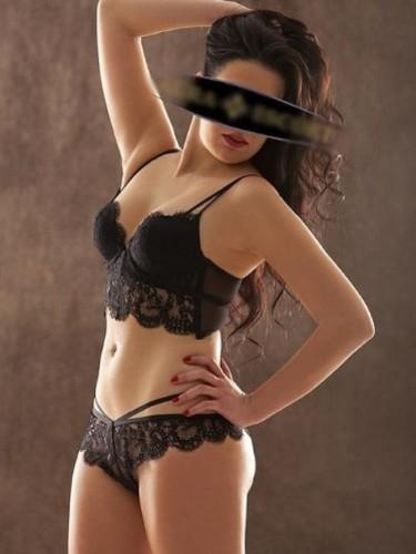 Sex ad by kinky escort Naima (23) in Frankfurt - Foto: 1