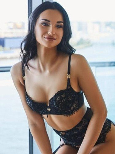 Sex ad by kinky escort Amelly (20) in London - Photo: 1