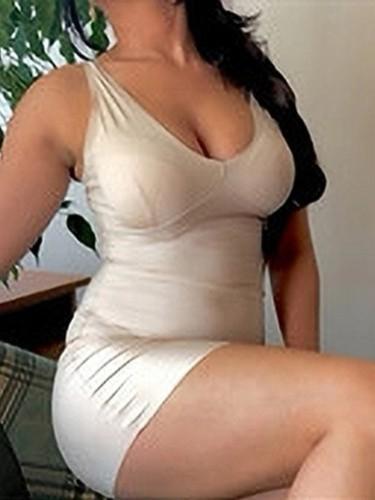 Sex ad by escort Cloreen (21) in Salmiya - Photo: 1