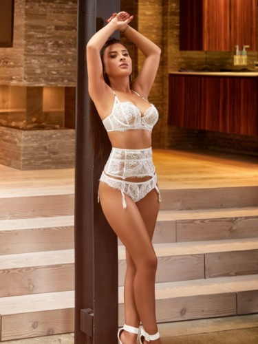Sex ad by kinky escort Harper (22) in London - Photo: 6