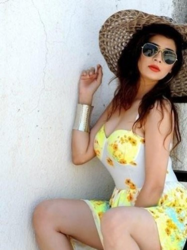 Sex ad by kinky escort Chara (22) in New Delhi - Photo: 4