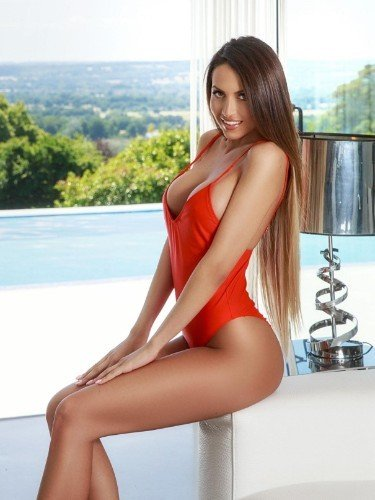 Sex ad by kinky escort Loretta (25) in London - Photo: 3
