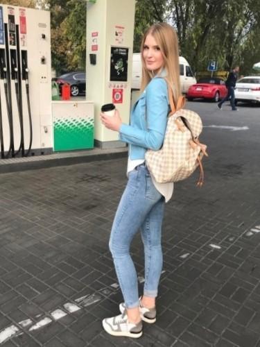 Larisa (22) в Москва эскорт - Фото: 6