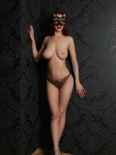 Sex ad by escort Helena (21) in Frankfurt - Foto: 1