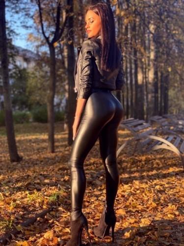 Vika (23) в Москва эскорт - Фото: 3