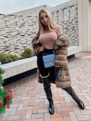 Nastya (24) в Москва эскорт - Фото: 1