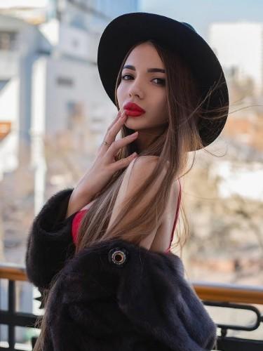 Alina (23) в Москва эскорт - Фото: 3