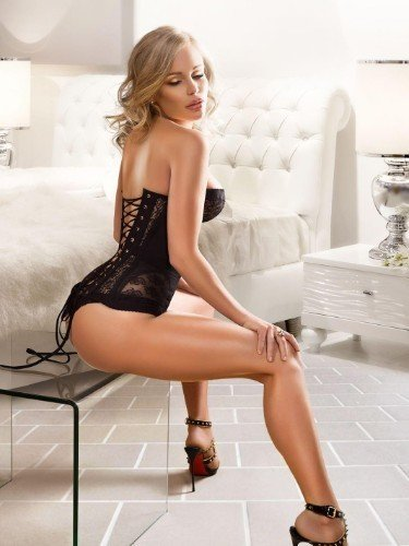 Sex ad by escort Mimi (27) in Bali - Photo: 1
