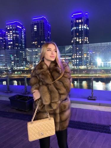 Anna (20) в Санкт-Петербург эскорт - Фото: 1