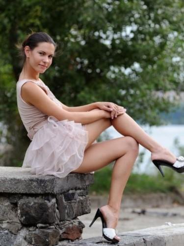 Sarah (24) в Москва эскорт - Фото: 3