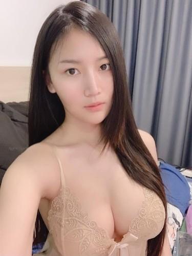 Sex ad by escort Anna (22) in Kuala Lumpur - Photo: 5