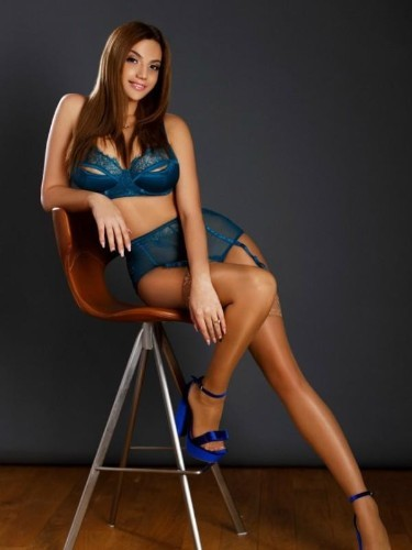Sex ad by kinky escort Violeta (22) in London - Photo: 3