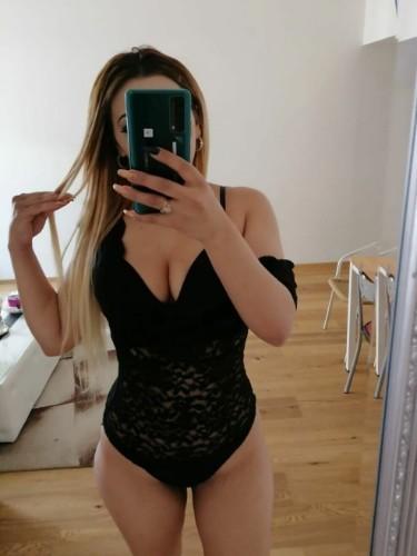 Sex ad by kinky escort Kim (21) in London - Photo: 5