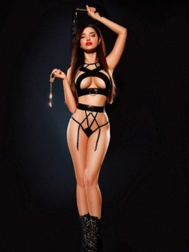 Sex ad by kinky escort Anne Marie (19) in London - Photo: 4