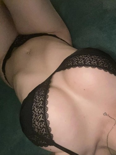 Sex ad by kinky escort Adela (21) in London - Photo: 4