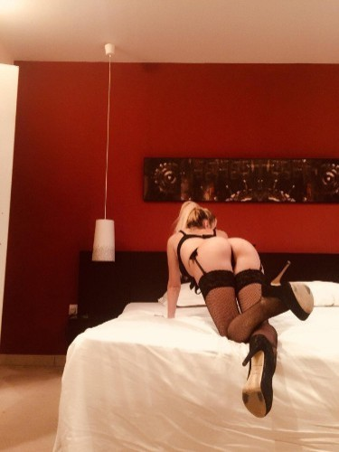 Sex ad by kinky escort Donna (24) in London - Photo: 7