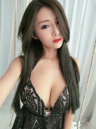Sex ad by escort Mandy (21) in Kuala Lumpur - Photo: 5