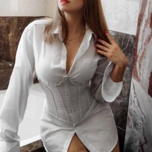 Ksenia (26) в Санкт-Петербург эскорт