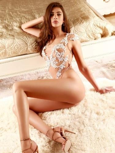 Sex ad by escort Aisha (24) in London - Photo: 4