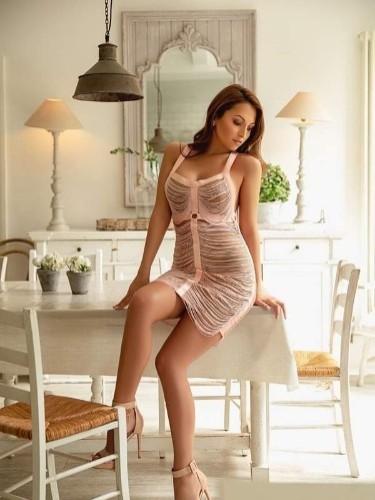 Sex ad by escort Chloe (25) in London - Photo: 5