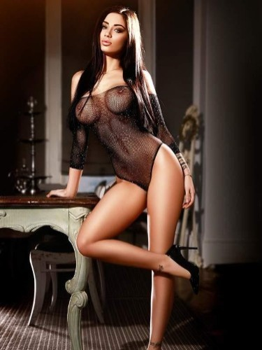 Sex ad by kinky escort Iris (23) in London - Photo: 1