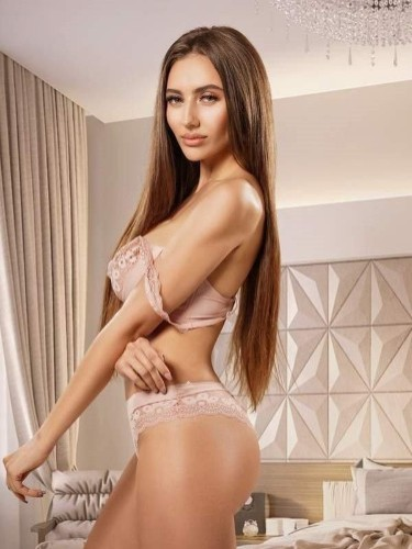 Sex ad by kinky escort Karolina (24) in London - Photo: 4