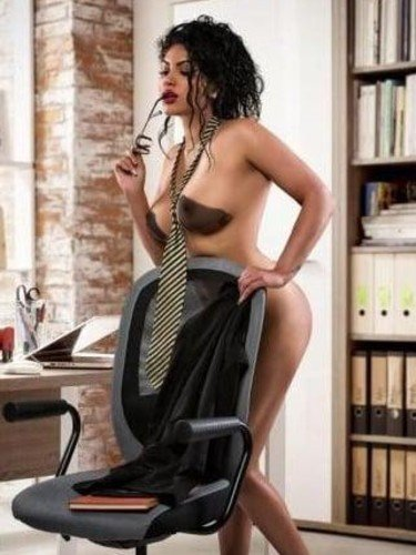 Sex ad by escort Ava (22) in London - Photo: 5