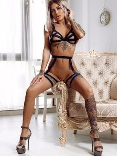 Sex ad by kinky escort Abi (31) in London - Photo: 3